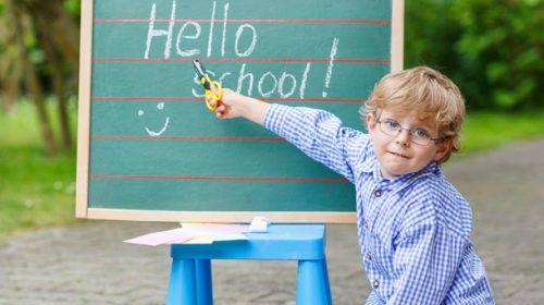 Consejos para disfrutar y afrontar la entrada de su hijo/a en el mundo escolar